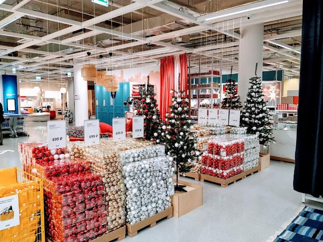 Магазин Ikea, новогодние товары