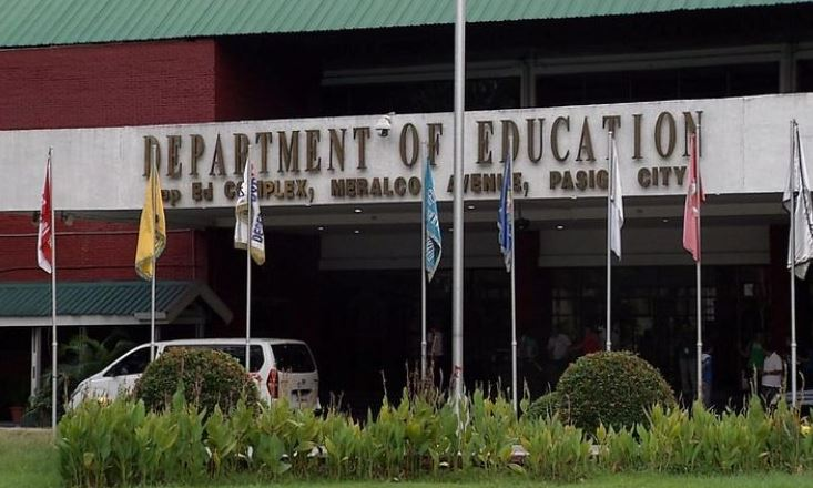 DepEd official tests positive for COVID-19