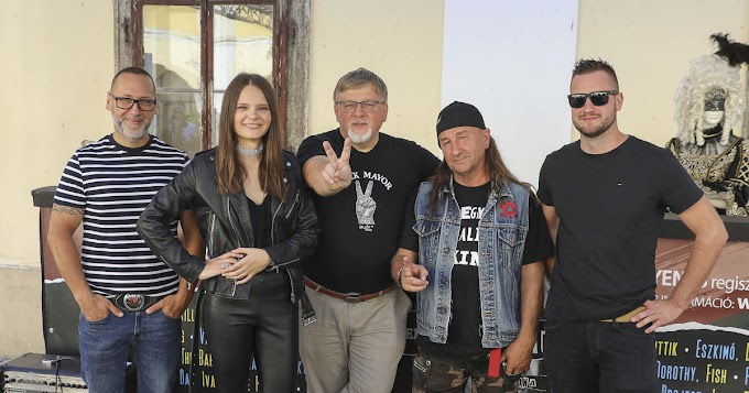 Elismerést kapott az Auróra zenekar