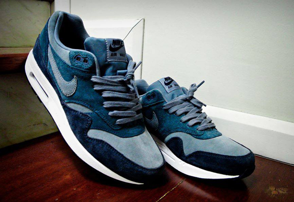 9320e88add WEAR DIFFERENT: Nike Air Max 1 Blue Suede
