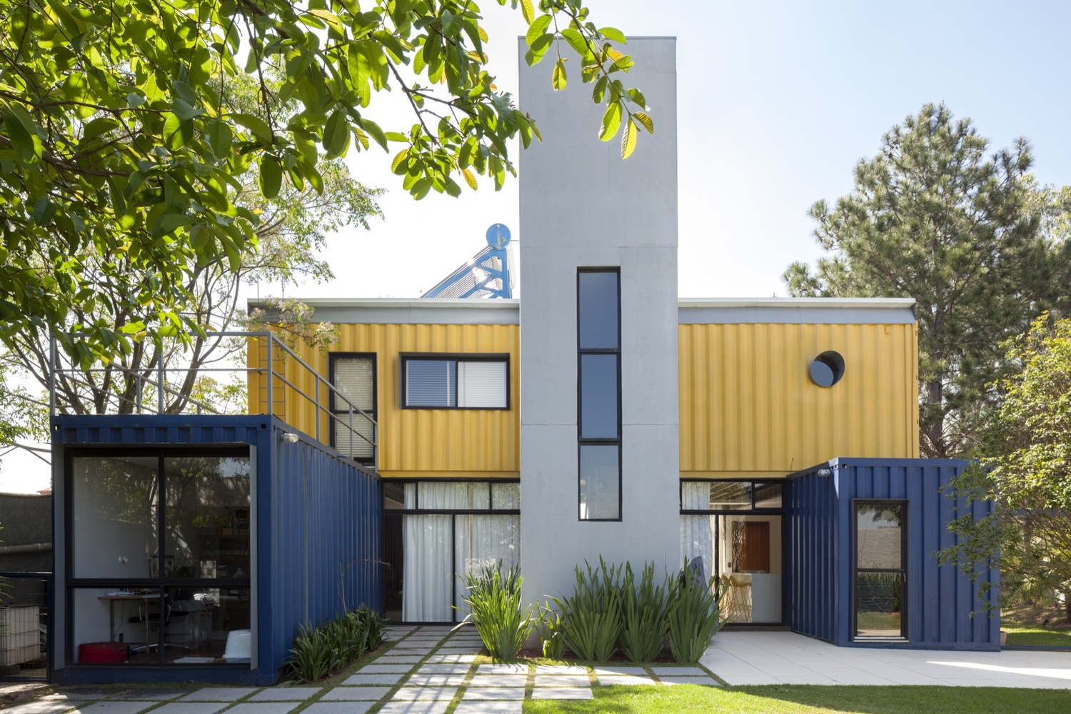 Shipping Container Homes & Buildings 12 Bedroom Shipping Container ...