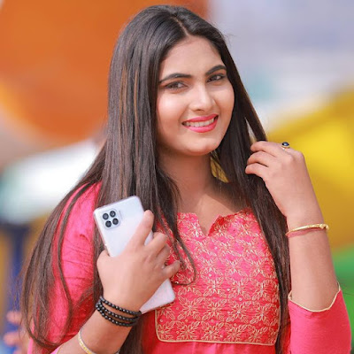 Jaya Pandey Shona Wiki Biography, Movies, Music Video, Photos, Age, Height and other Details
