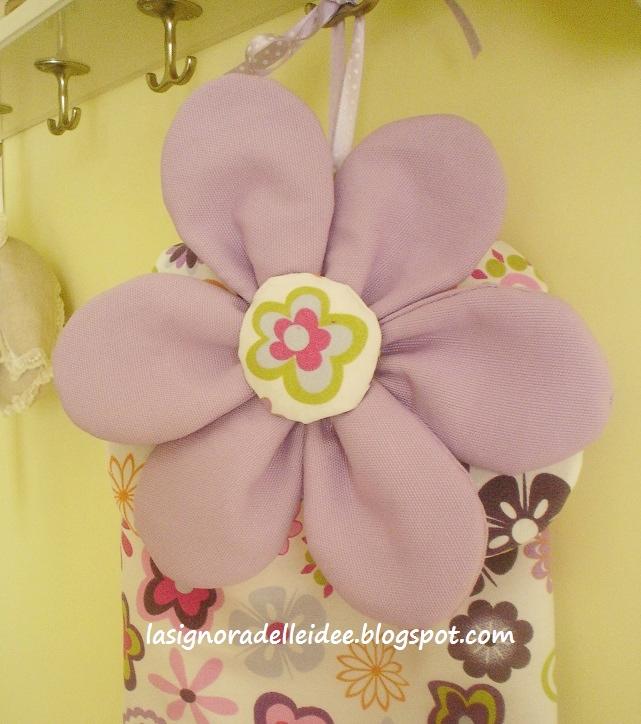 La signora delle idee porta sacchetti con fiori - Porta sacchetti plastica ...