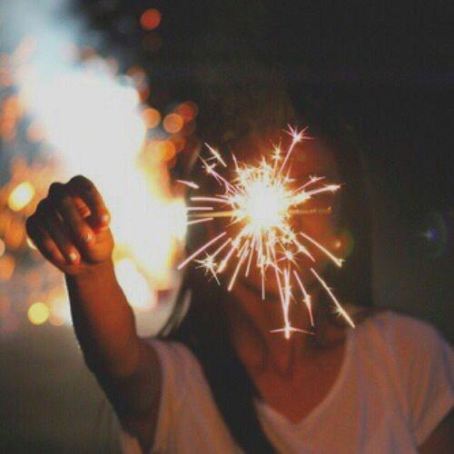 diwali photoshoot pose with sparkle
