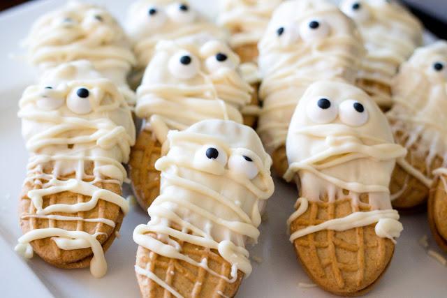 halloween treats cupcakes and treats