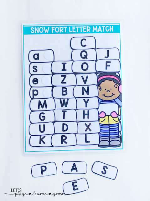 Build a snowfort with this fun interactive letter matching activity where students match the capital letter to the lowercase letter