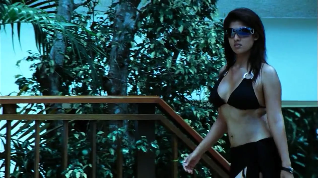 Nayantara stretching and does exercise - 19 Hot Photos Inside