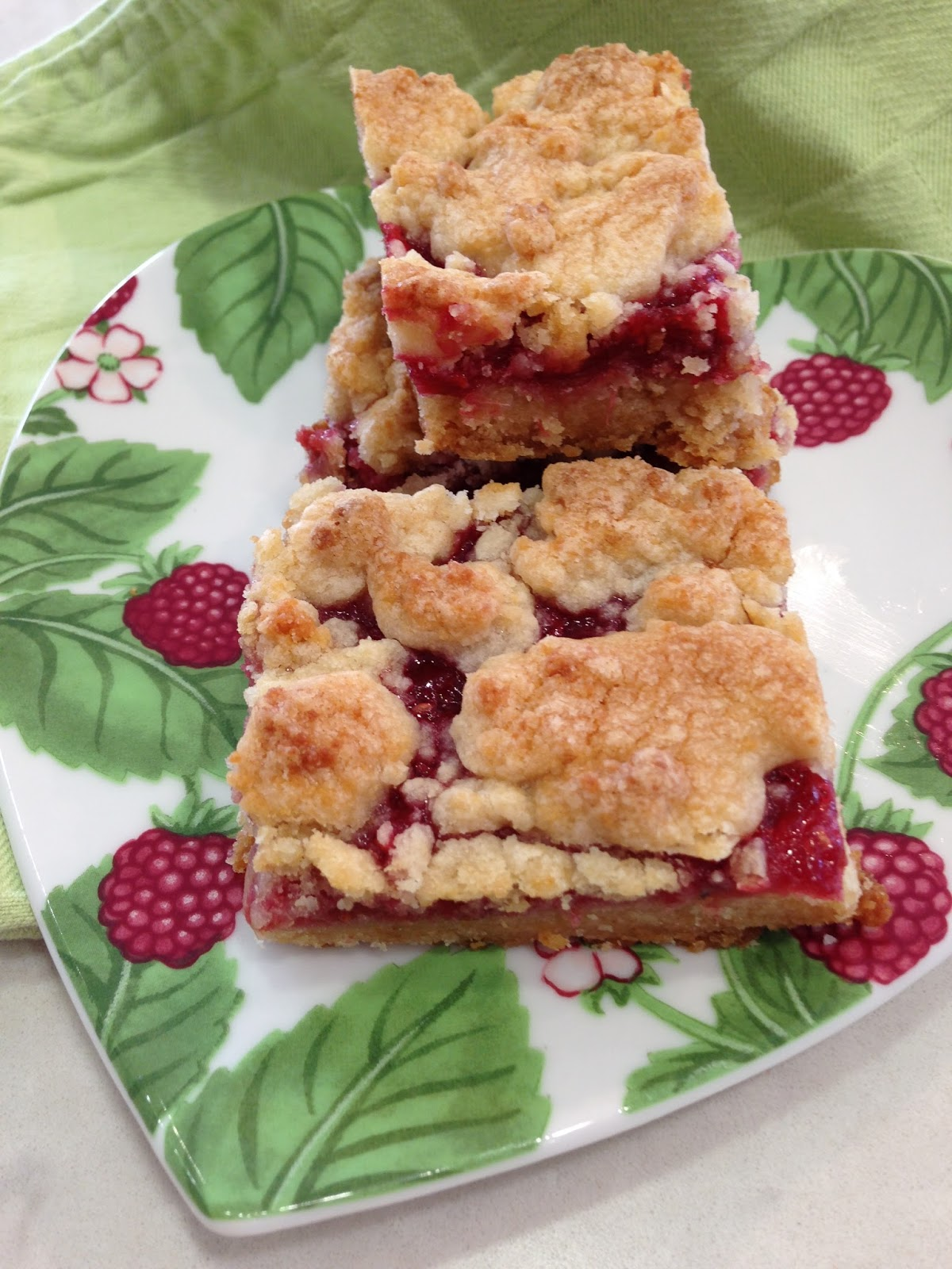 Accounting For All My Blessings: Raspberry Rhubarb Almond Bars