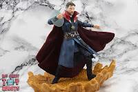 S.H. Figuarts Doctor Strange (Battle On Titan Edition) 36