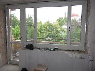 Сосновый балконный блок