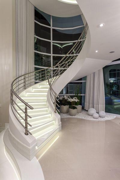 escada-mansao