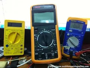 digital multimeter measures gives results in digits is more accurate measure current