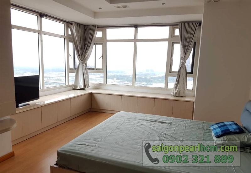 Saigon Pearl quận Bình Thạnh cho thuê - phòng ngủ có cửa kính lớn