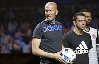 Beau Jeu: el Balón oficial Eurocopa Francia 2016 zidane