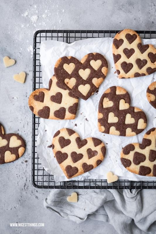Herz Kekse zweifarbig Rezept Valentinstag Cookies