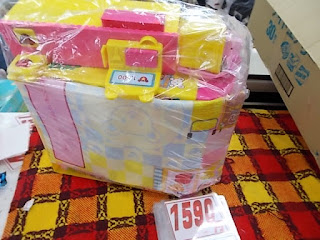 中古品のメルちゃん色々セットは1590円です。