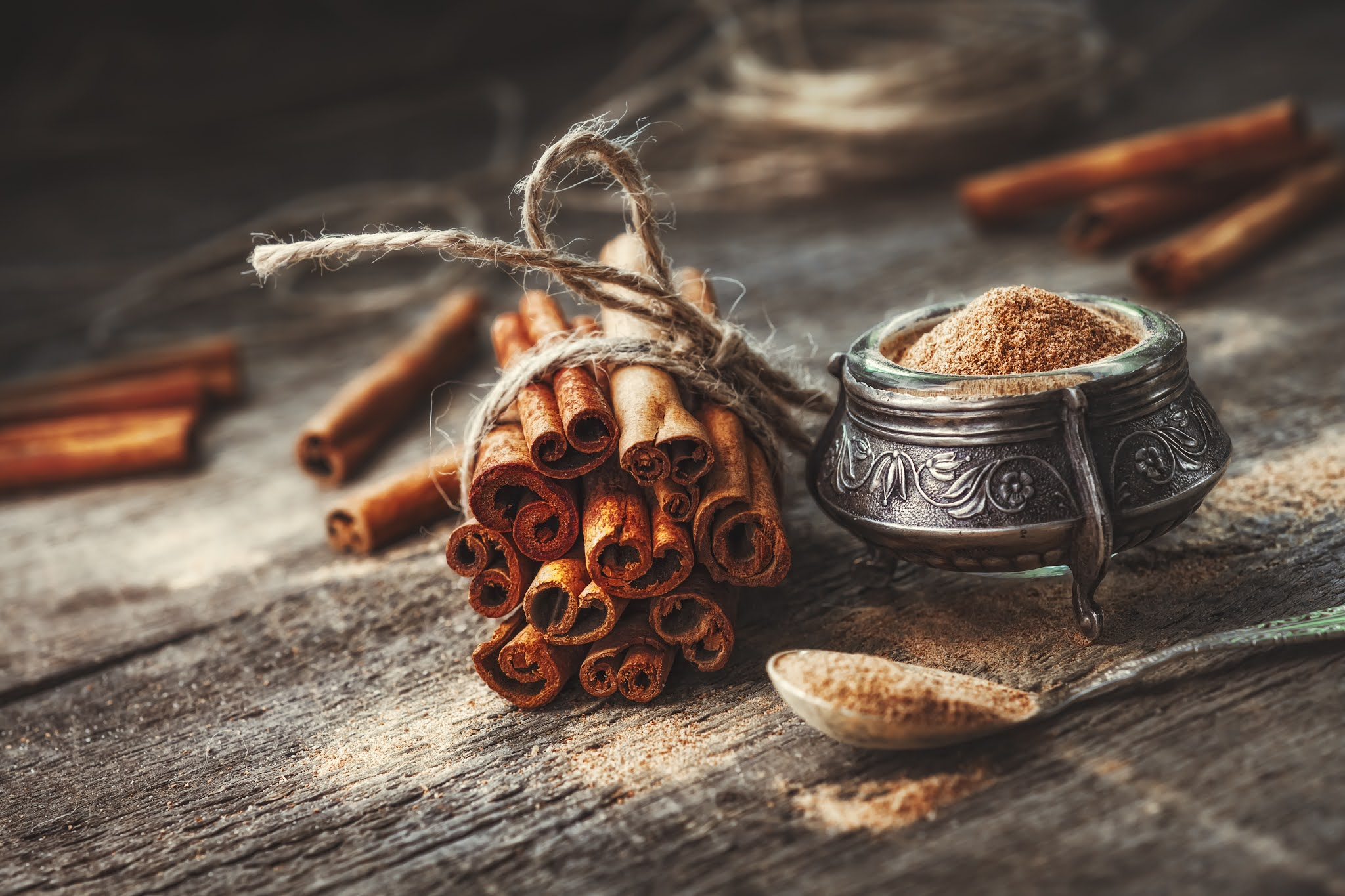 reduce acidity problem naturally at home by Cinnamon