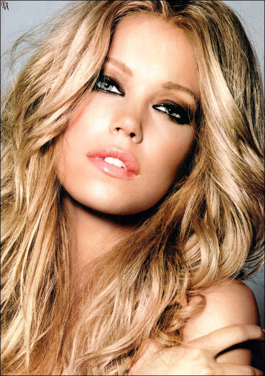 Beautiful Face Eyes Lips: ROCK, WOMEN AND BEAUTY