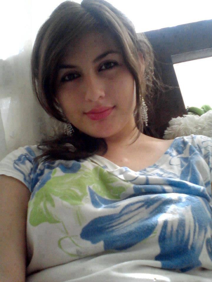 Pakistani Girl Arbi Sexy Girls Photo-1478