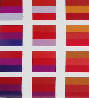 COMBINAZIONE DI COLORI OPULENTA  - RICCA -  SFARZOSA Blog Artistah24 - abbinamenti colori analoghi nella gamma del rosso