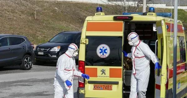 Γιατρός στο Ιπποκράτειο Θεσσαλονίκης: «Παραλαμβάνουμε ασθενείς με παρενέργειες από το εμβόλιο και αλλάζουν τη διάγνωση»!