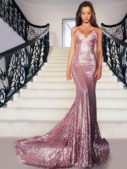 http://www.pickedlooks.com/v-neck-backless-sequined-court-train-appliques-lace-unique-trumpet-mermaid-ball-dresses-pls020102499-p7506.html?utm_source=post&utm_medium=PL171&utm_campaign=blog