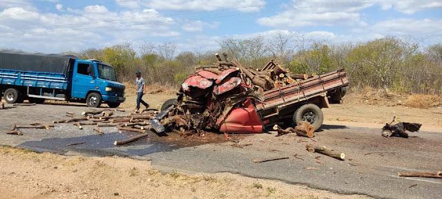 Grave colisão entre caminhonete e caminhão na RN-117 entre Mossoró e Gov. Dix-Sept Rosado