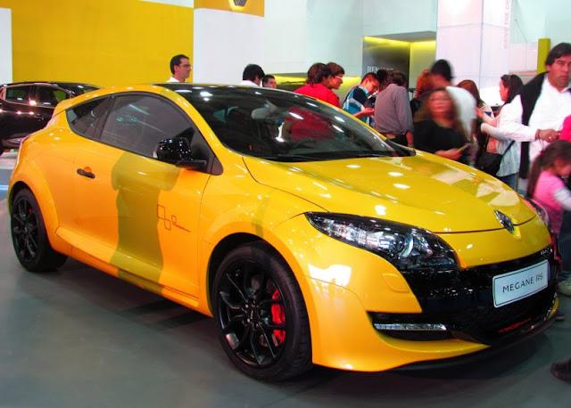 harga bekas Renault Megane RS MT