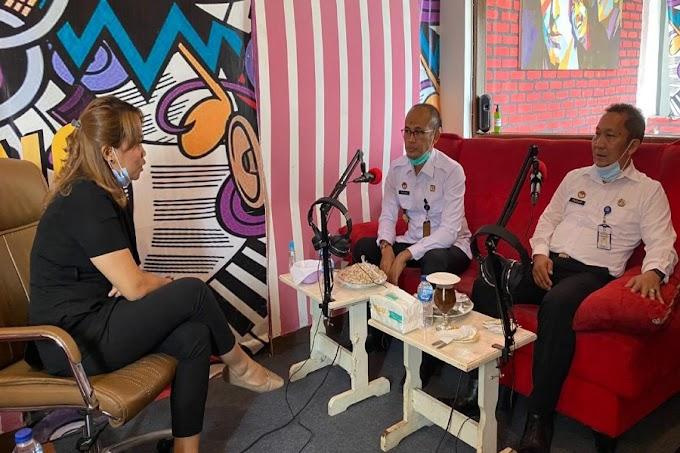 Sosialisasi Pelayanan Dimasa Pandemi, Kepala Kantor Imigrasi Serang Talk Show di Radio Paranti FM Pandeglang