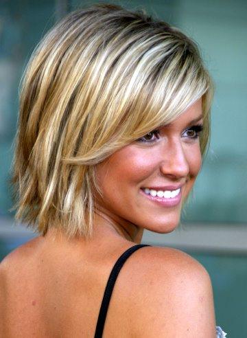 Most Popular Hairstyles: short blonde straight hairstyles