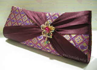 Tas Pesta Clutch Bag Ungu Sari India Mirip Songket