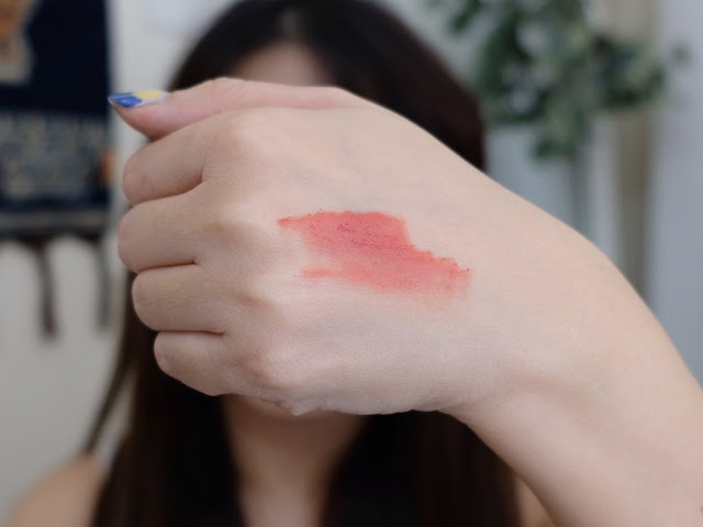Innisfree Jeju Color Picker When The Camellia Blooms BLusher and Camellia Petal Tint Review