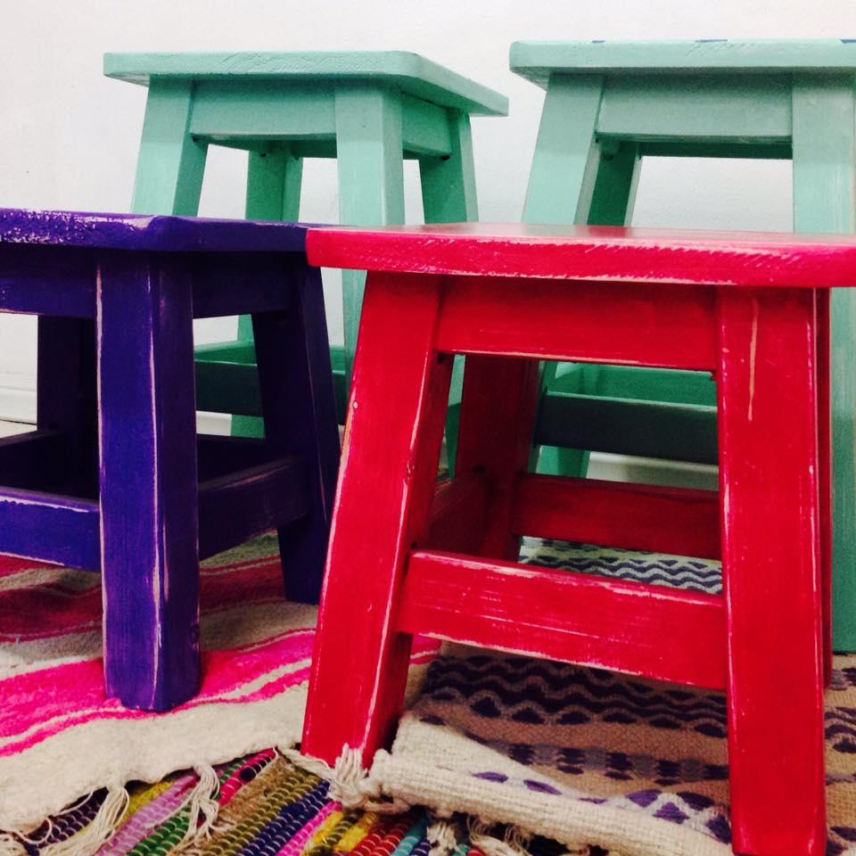 Vintouch muebles reciclados pintados a mano bancos - Disenos muebles pintados ...