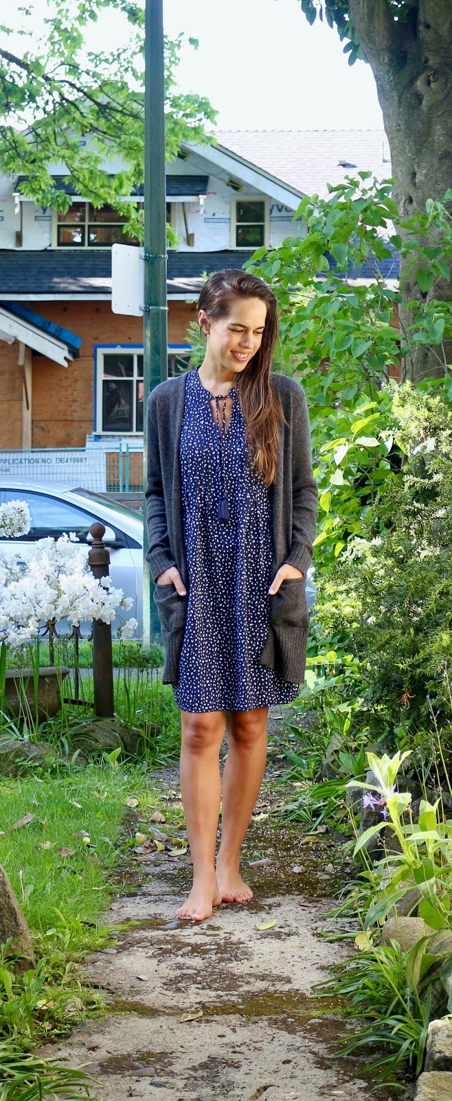 Jules in Flats - Sleevelesss Tie-Neck Swing Dress (Easy Work from Home Outfit)