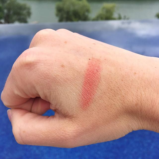 fard-a-paupieres-bio-missw-maquillage-swatch