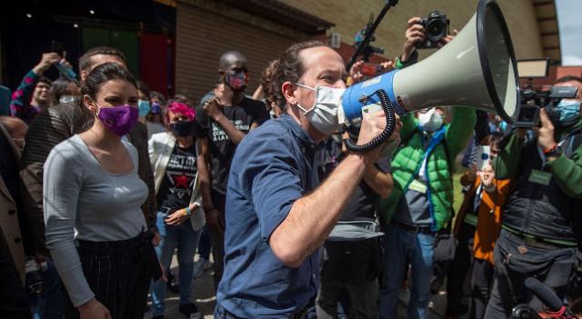 El instigador de las protestas frente a la casa de Iglesias se querella contra él por denuncia falsa