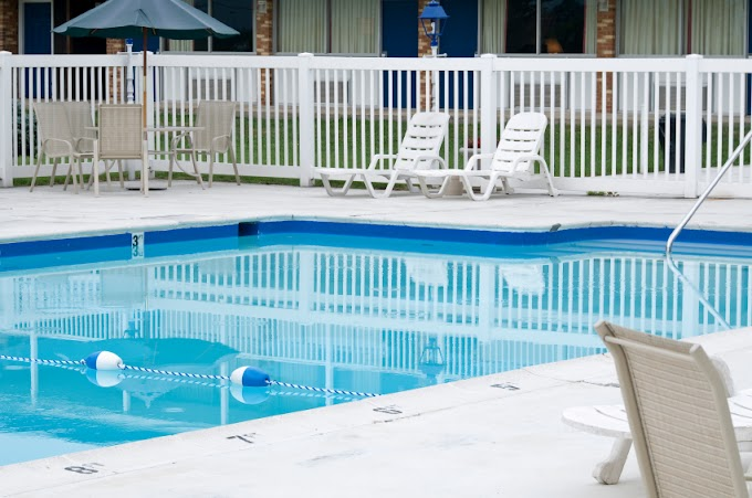 Fashionable Pool Fences That Protect Your Pool