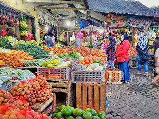 Pasar Wisata Dewi Sri Pujon tempatnya Cari Oleh Oleh khas kota  Batu, Mampir Yuk