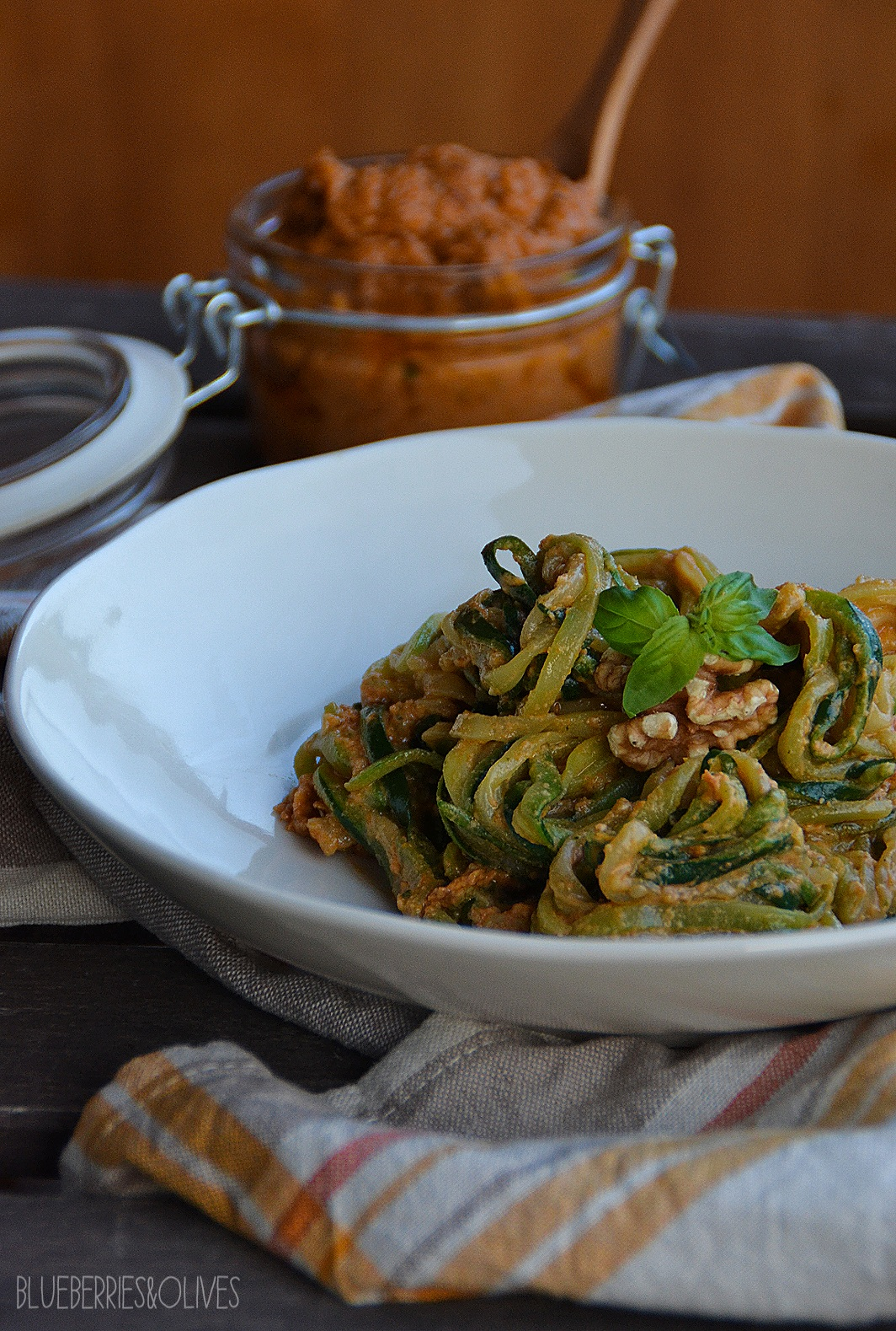 ZUCCHINI NOODLES WITH RED WALNUT PESTO