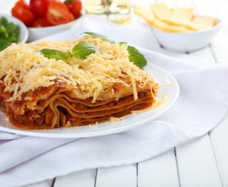 Light lasagna without bechamel sauce