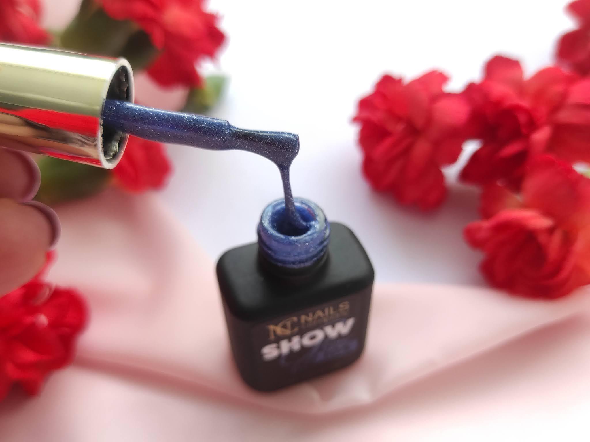Show Glow hybrydy nails company