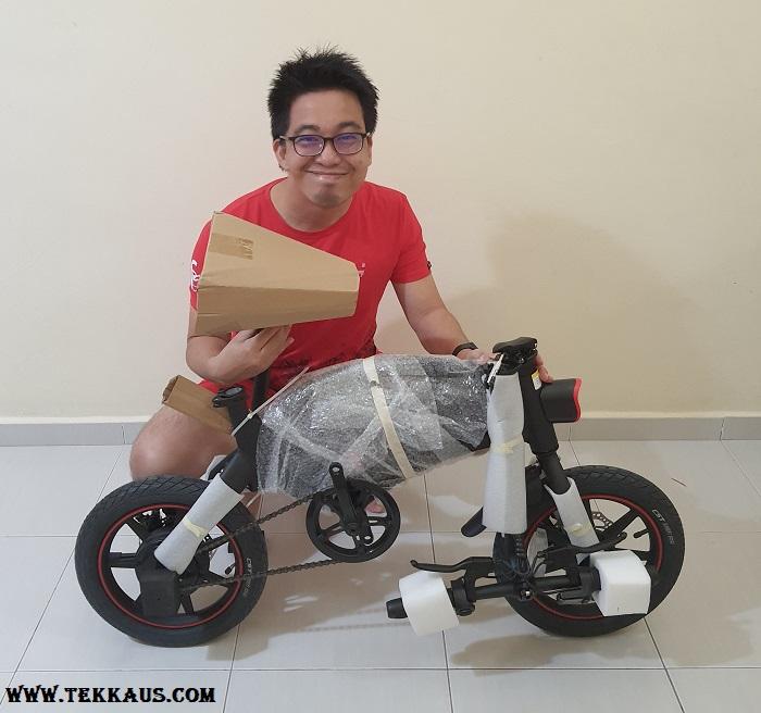 Assembling DYU D3+ Smart Foldable Electric Bike