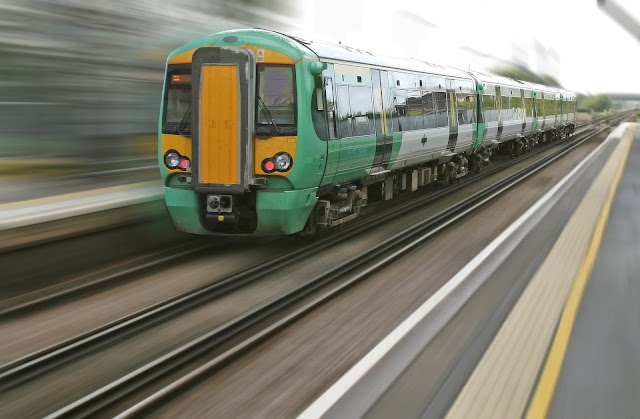 Trainline App Review - Best App to Buy Cheap Train And Bus Tickets