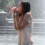 KATIE HOLMES WET PICTURES HOT