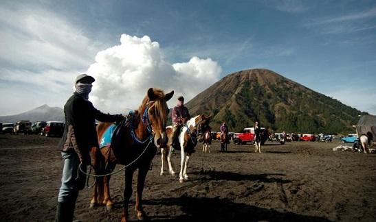 Pada Perayaan Nyepi, Wisata Gunung Bromo Ditutup Total
