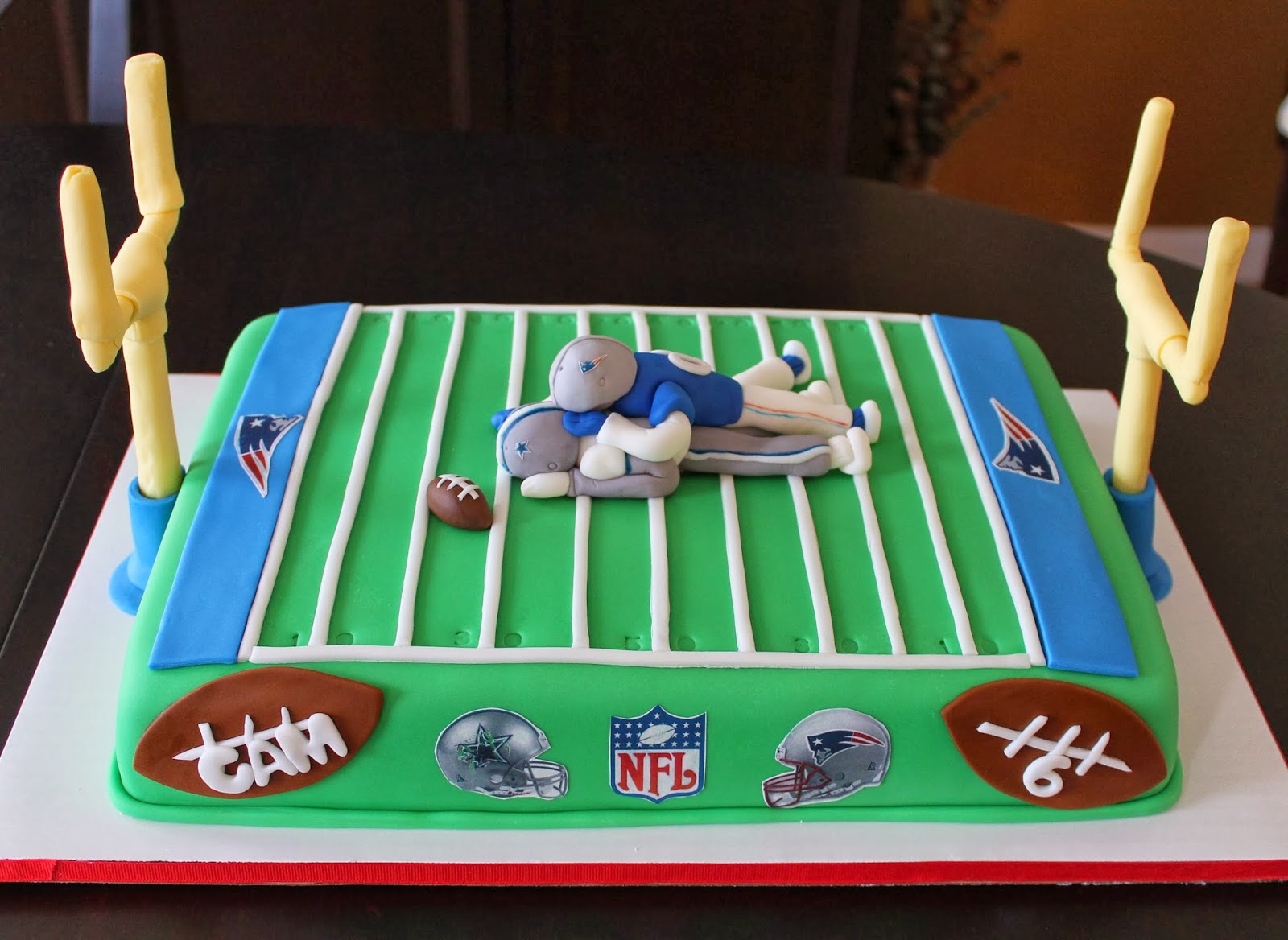 Creative Cakes By Lynn Football Field Cake