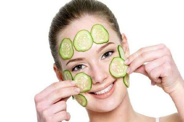 4 Cara Memutihkan Kulit Wajah dengan Masker Alami
