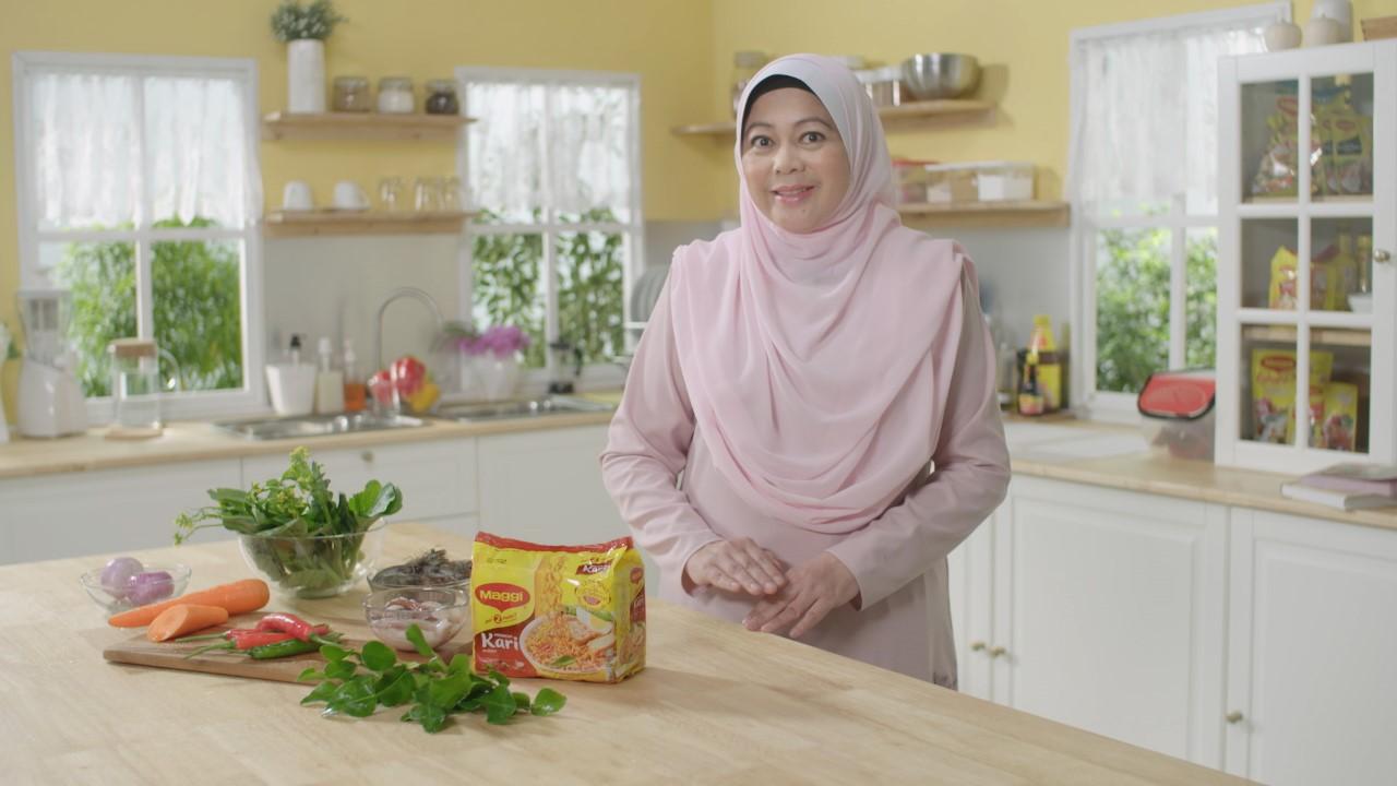 Video dan Resepi MI MAGGI Kari Goreng Azie Kitchen - Azie Kitchen