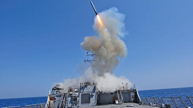 Un buque de guerra de EE.UU. ataca al Estado Islámico desde el Mediterráneo