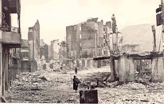 Gernika, tras el bombardeo del 26 de abril de 1937